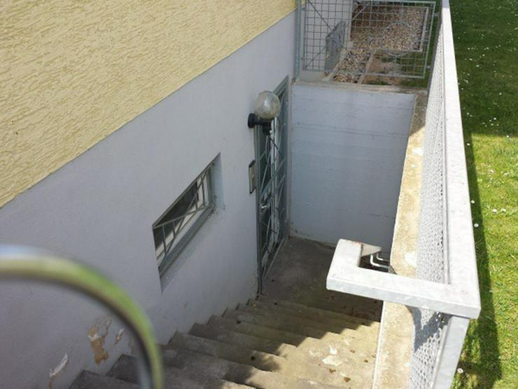 Bild 3: Büro-/Praxisräume Souterrain mit eigenem Zugang in gepflegtem Mehrfamilienhaus