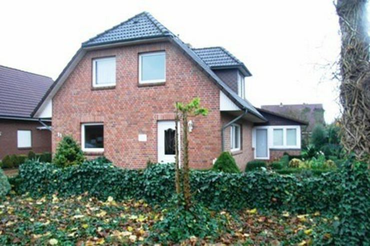 Bild 3: Solides Ein-/Zweifamilienhaus mit Teilkeller, Garage, Wintergarten und überdachter Terras...