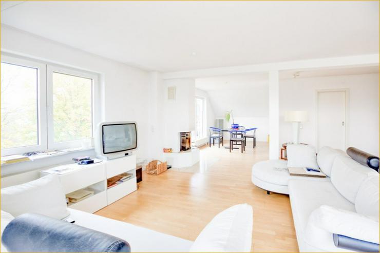 Bild 3: Das hat Stil: Dachgeschosswohnung in bester Wohnlage von Degerloch