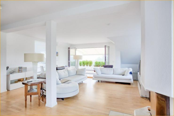 Bild 2: Das hat Stil: Dachgeschosswohnung in bester Wohnlage von Degerloch