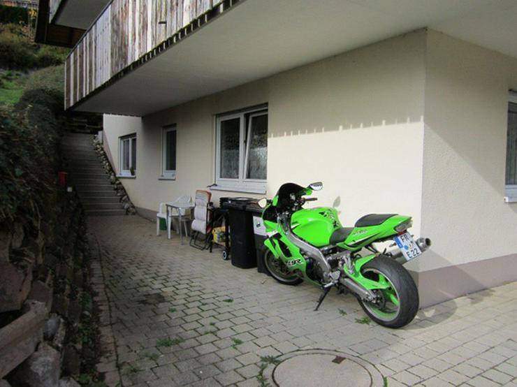 Bild 5: ++St. Märgen, schöne DHH mit 4 vermieteten Wohnungen zur Kapitalanlage++