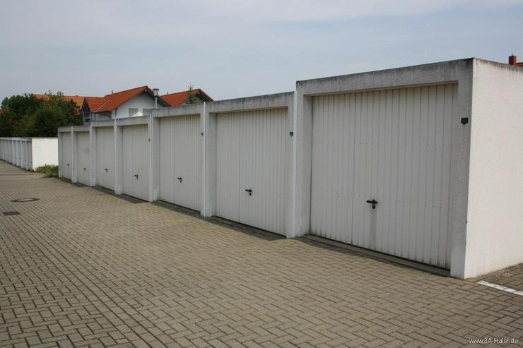 Bild 4: vollerschlossenes Baugrundstück für freistehendes Traumhaus mit zwei Garagen