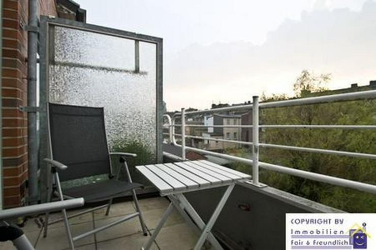 Bild 3: *RAUMERLEBNIS IN EINER 2-ZIMMER-WOHNUNG, mit Sonnenbalkon, Neuss-Zentrum*