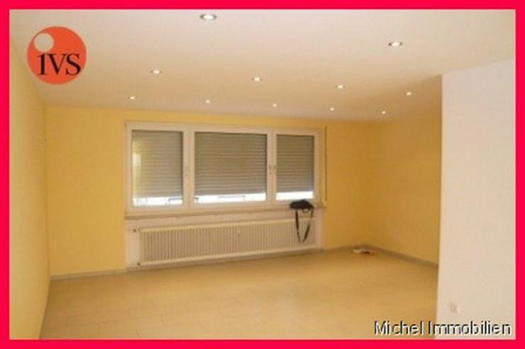 Bild 2: ** Kapitalanlage ** 2 Sehr schöne Wohnungen mit PkW-Stellplätzen, ohne Balkon Nähe Loui...