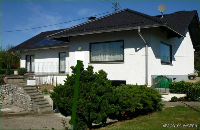 Bild 2: Stilvolles Einfamilienhaus mit Potenzial auf traumhaften Anwesen in Adelzhausen