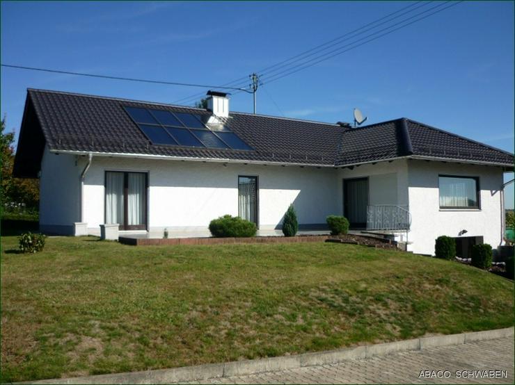 Bild 3: Stilvolles Einfamilienhaus mit Potenzial auf traumhaften Anwesen in Adelzhausen