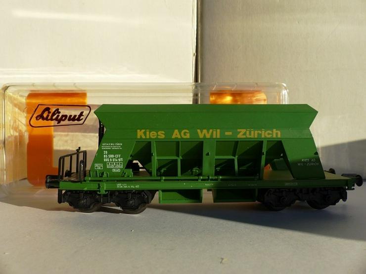 Set mit 5 LILIPUT-Güterwagen in optim. Zustand