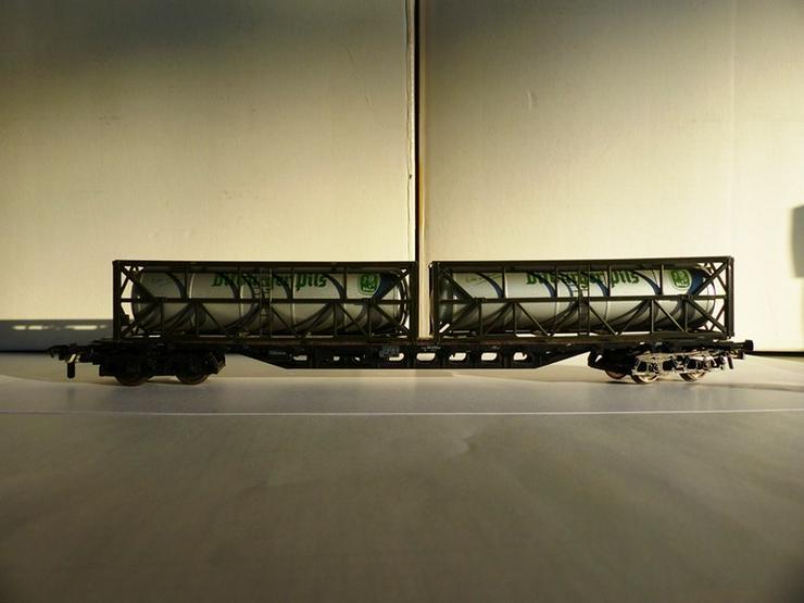 Bild 4: SET sind 12 St. ROCO-Güterwagen Top-Zustand