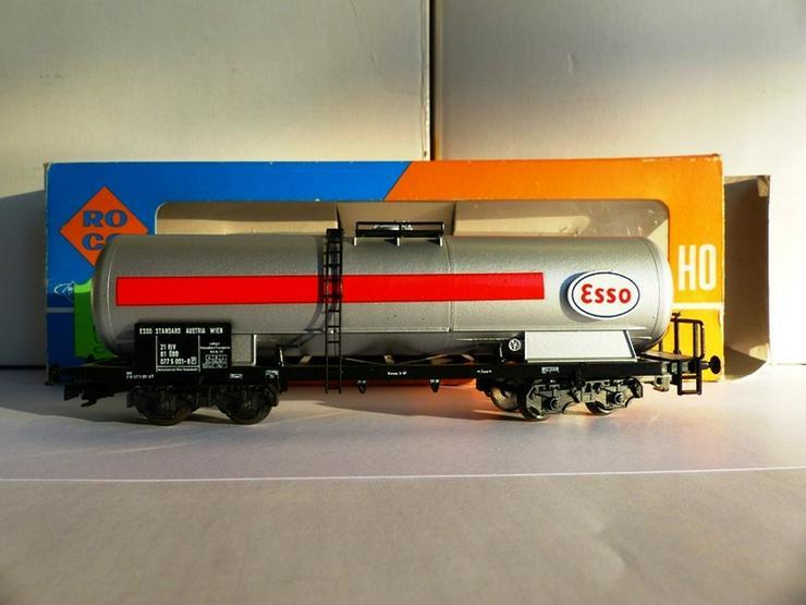 Bild 6: SET sind 12 St. ROCO-Güterwagen Top-Zustand