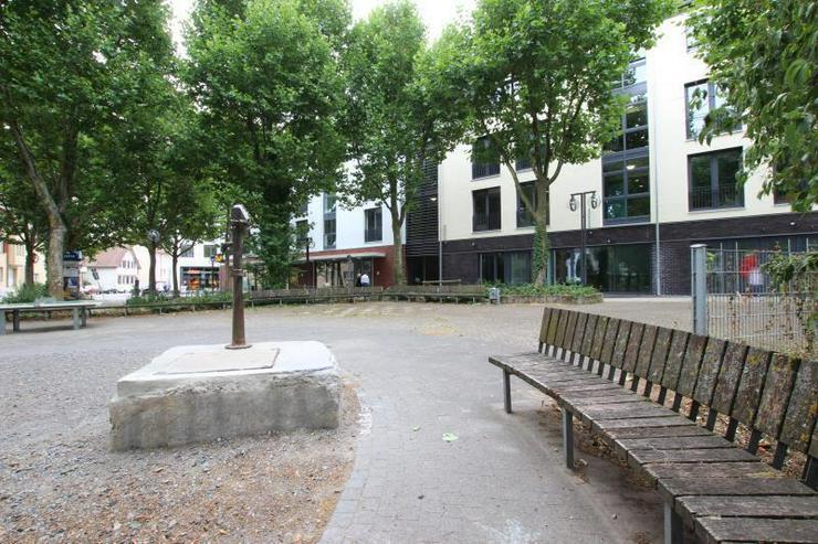 Bild 3: Neubau & Zentral - Nur noch 1 Fläche verfügbar. Frei ab sofort.
