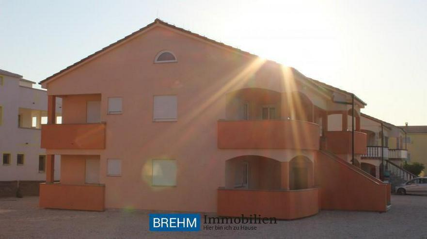 Bild 2: Großzügiges 6-Familienhaus auf Insel VIR