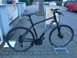 7 24 Gang 28 Zoll Gabel gefedert Rh 53 - Mountainbikes & Trekkingr�der - Bild 1