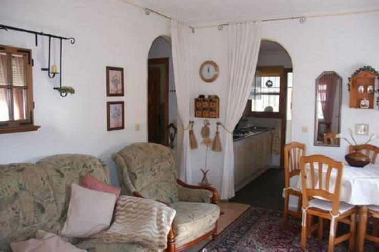 Bild 6: Sehr gepflegte Villa mit Wintergarten