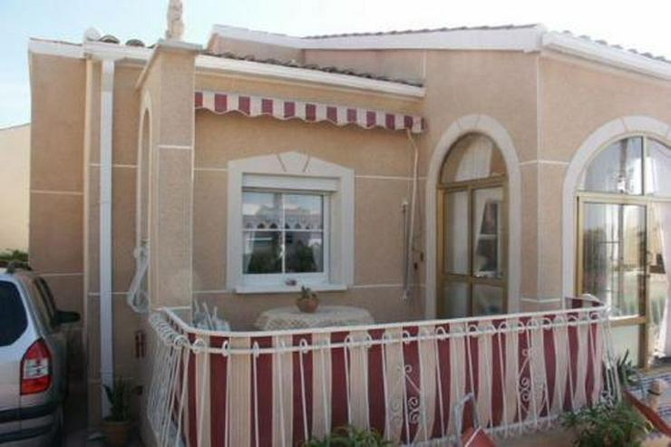 Sehr gepflegte Villa mit Wintergarten - Haus kaufen - Bild 1