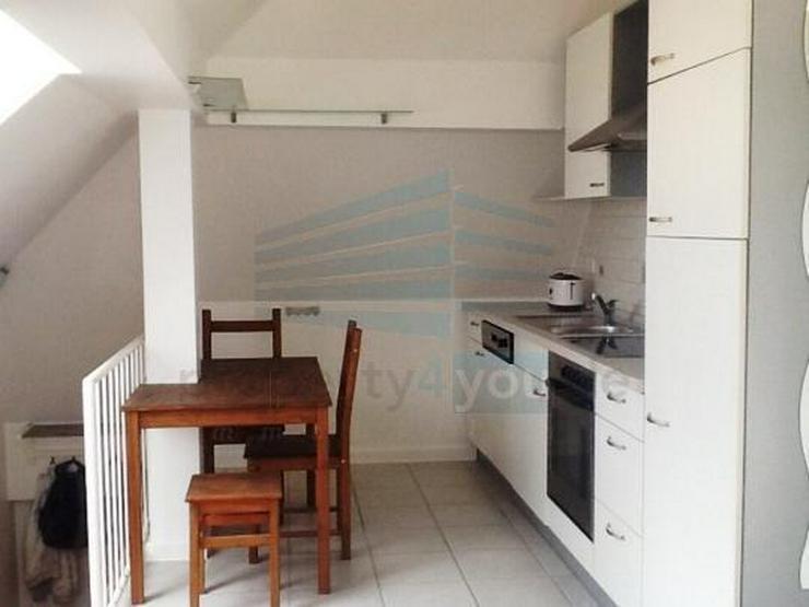 Bild 4: Individuelle möblierte 1-Zimmer Wohnung in ausgebautem Dachgeschoß in München Aubing