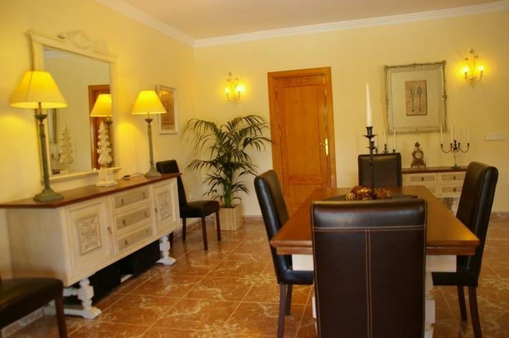 Bild 2: Ruhige Villa mit grossem Grundstück, nahe Palma Zentrum