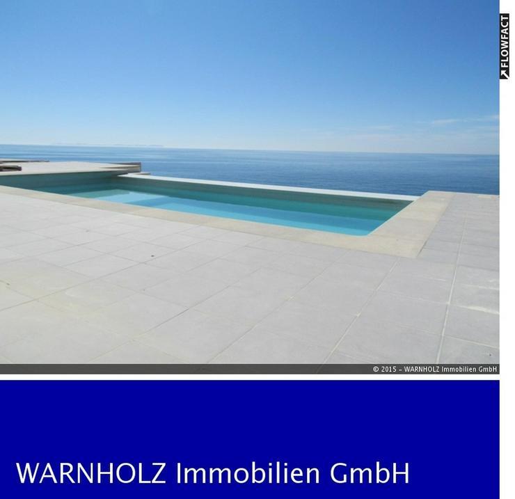 Moderne Villa mit Pool direkt am Meer, Cala Pi - Haus kaufen - Bild 1