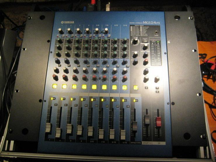 Bild 5: Yamaha 8 Kanal Mixer MG 12 / 4 Fx