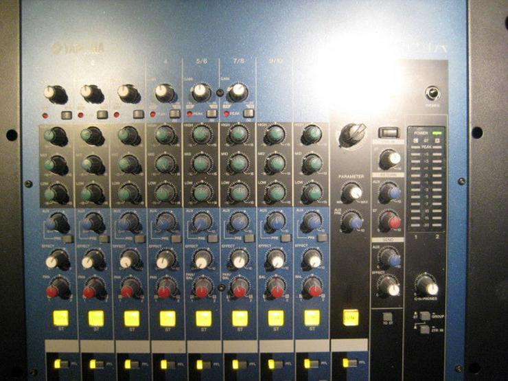 Bild 6: Yamaha 8 Kanal Mixer MG 12 / 4 Fx
