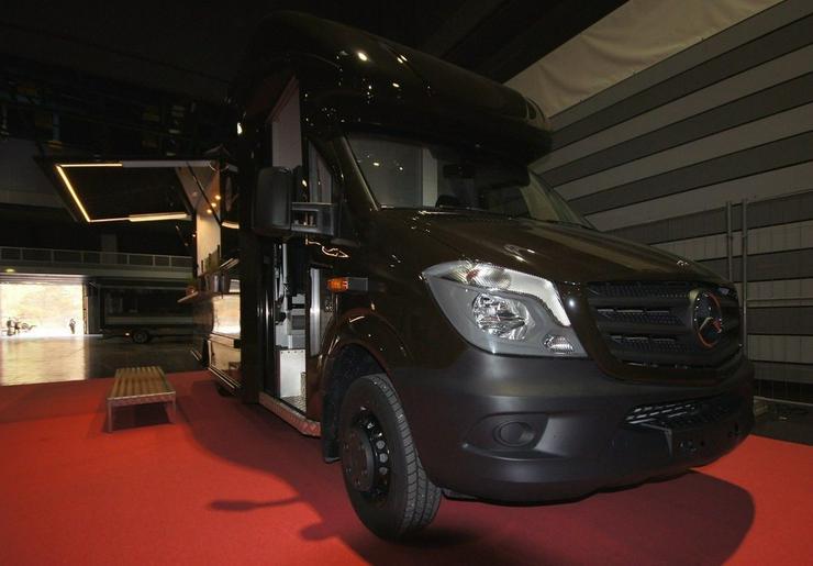 Bild 4: Food Truck Step Van Profi Grill