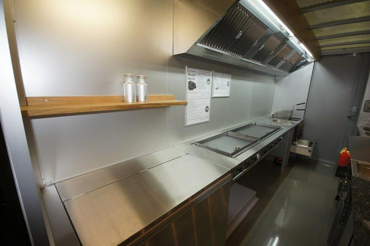 Bild 6: Food Truck Step Van Profi Grill