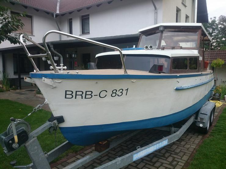 Bild 3: Kajütboot 650x200cm mit Außenborder Honda 30 PS