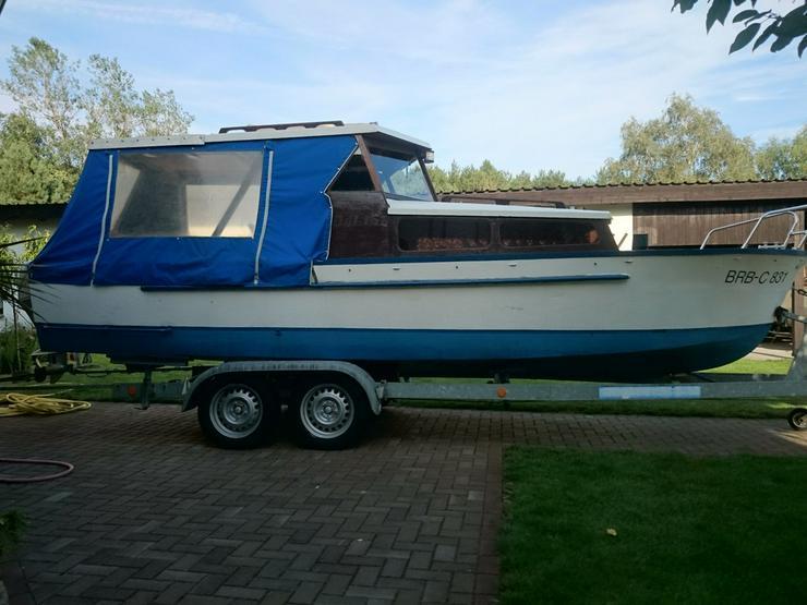 Bild 2: Kajütboot 650x200cm mit Außenborder Honda 30 PS