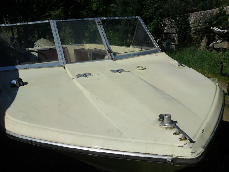 Bild 3: Motorboot Glastron 570x220cm Außenborder 50 PS