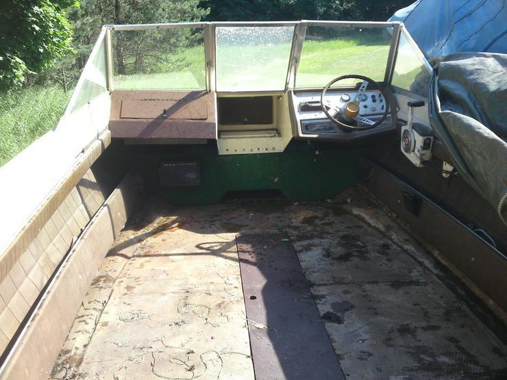 Bild 5: Motorboot Glastron 570x220cm Außenborder 50 PS