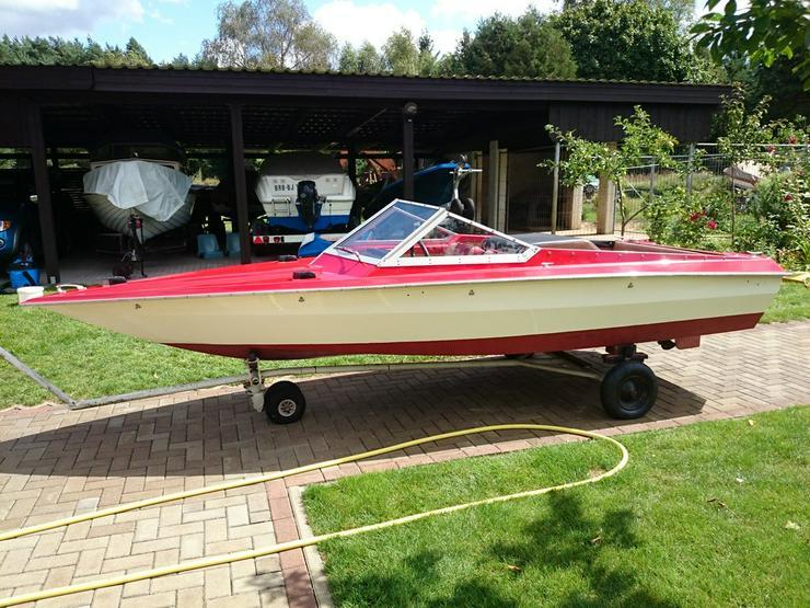 Motorboot Hohmann 465x165cm mit Inborder 50 PS