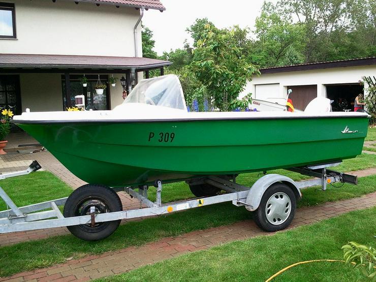 Motorboot Almar 430x165cm mit Außenborder 40 PS
