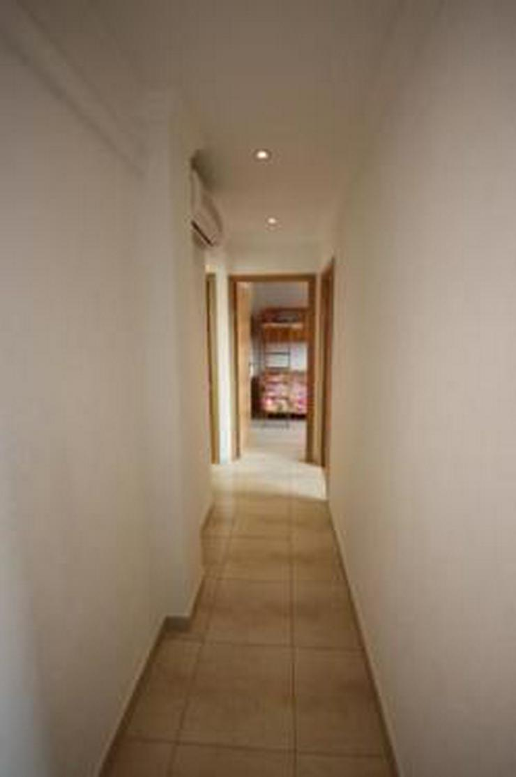 Bild 6: Schöne komplett renovierte Wohnung mit zwei Balkonen
