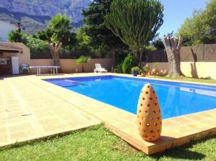 Bild 2: Sehr gemütliche und gepflegte Villa mit Pool in Galeretes