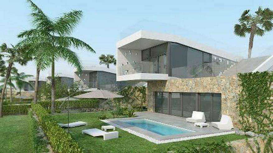 Bild 2: Moderne 4-Zimmer-Villen mit Privatpool in innovativem Design