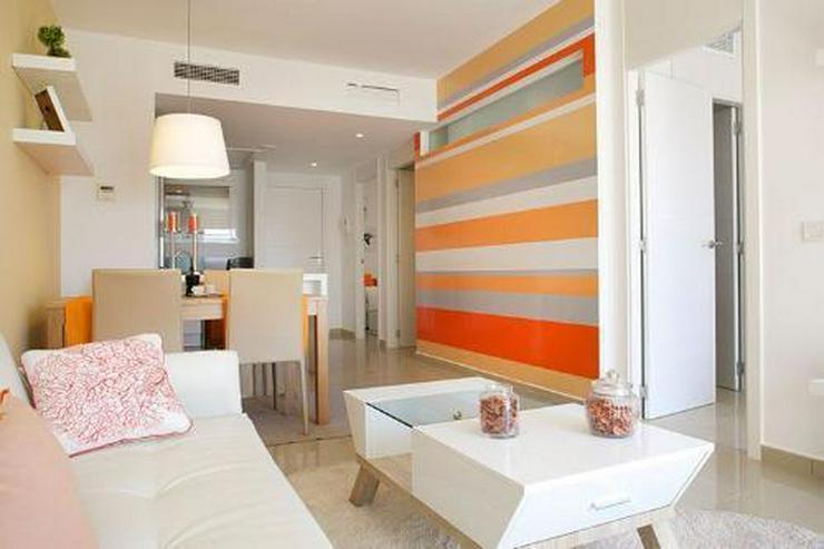 Bild 6: 4-Zimmer-Maisonette-Wohnungen mit Dachterrasse, Gemeinschaftspool und Meerblick nur 350 m ...