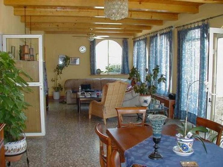 Bild 4: Landhaus-Villa mit Gästehaus, Pool und Tennisplatz