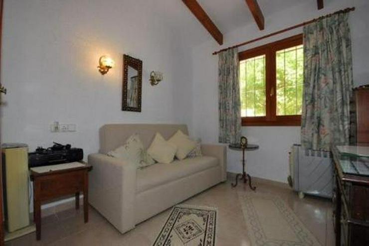 Bild 6: 3-Schlafzimmer-Villa mit Gemeinschaftspool