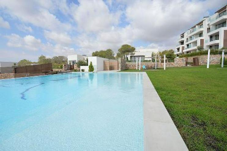 4-Zimmer-Luxus-Penthouse-Wohnungen mit Meerblick in exklusivem Golf Resort
