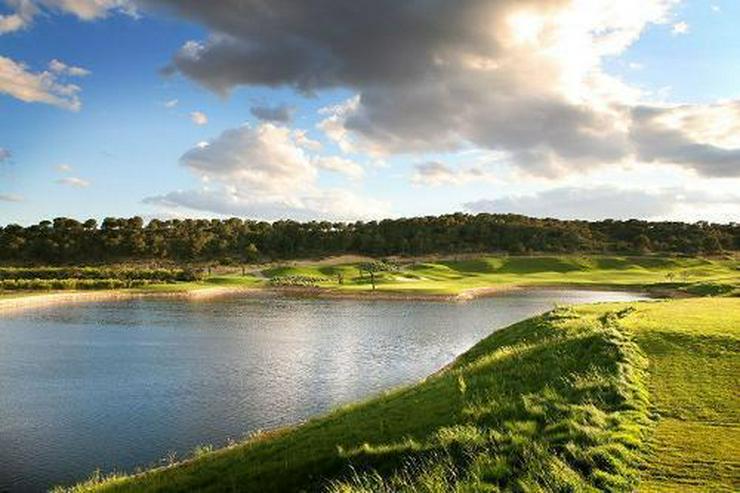 Bild 5: Luxusvillen mit Dachterrasse und Privatpool in wunderschönem Golf Resort