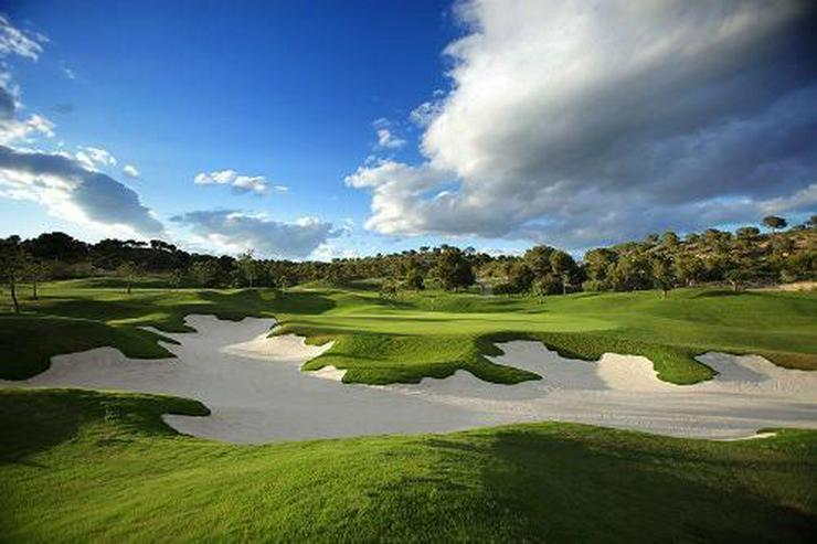 Bild 6: Luxusvillen mit Dachterrasse und Privatpool in wunderschönem Golf Resort