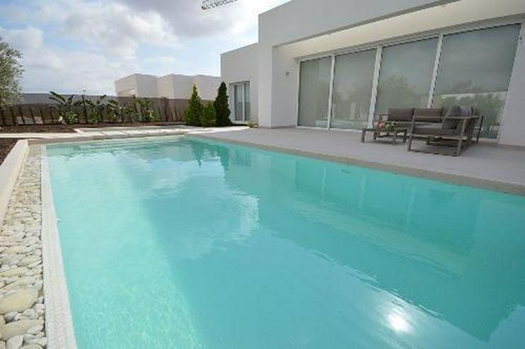 Bild 2: Luxusvillen mit Privatpool in wunderschönem Golf Resort