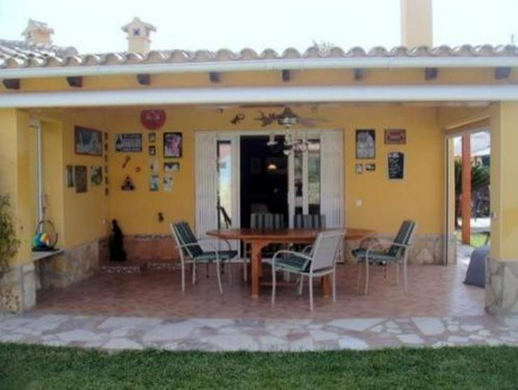 Bild 7: Schöne Villa mit Pool und vielen Extras nur 800 m vom Meer