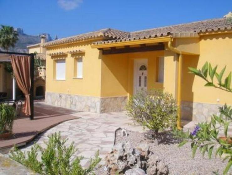 Bild 2: Schöne Villa mit Pool und vielen Extras nur 800 m vom Meer