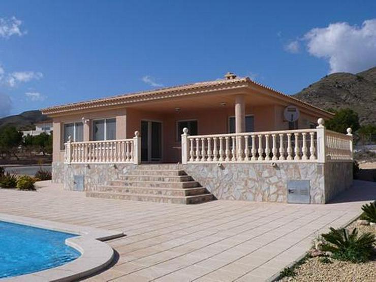 Villa mit einem fantastischen Panoramablick - Haus kaufen - Bild 1