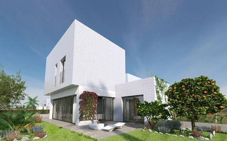 4-Zimmer-Reihenhäuser in minimalistischem Design ca. 7 km vom Strand - Haus kaufen - Bild 1