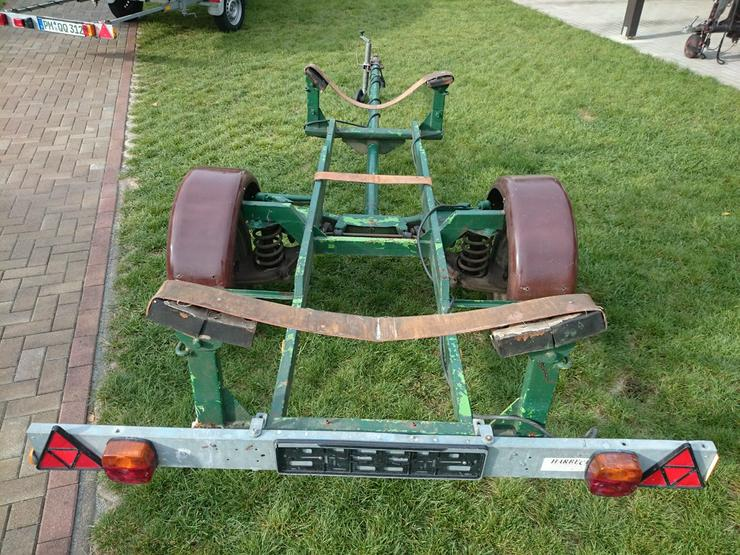 Bootstrailer 550kg Straßentrailer Bootsanhänger
