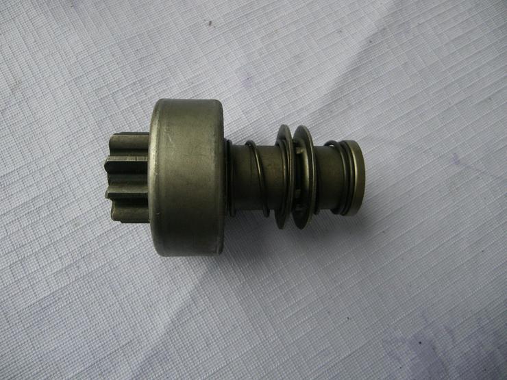 DEUTZ Anlassergetriebe mit Ritzel 2 006 209 213