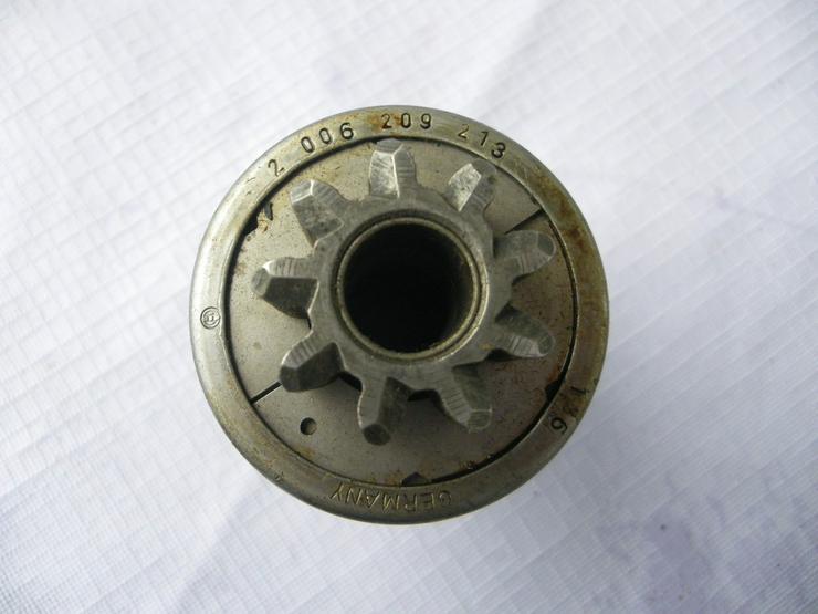 Bild 2: DEUTZ Anlassergetriebe mit Ritzel 2 006 209 213