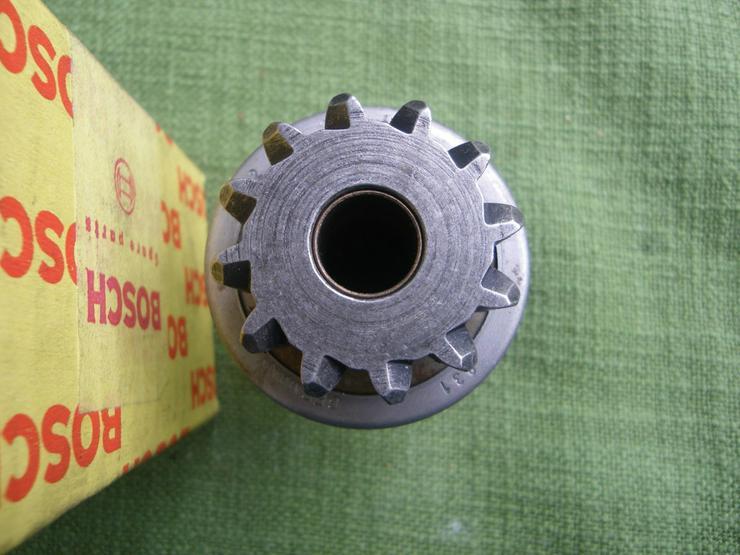 Bild 2: BOSCH Getriebe mit Ritzel 2 006 209 439