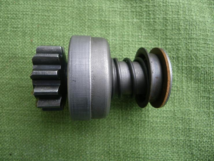 Bild 4: BOSCH Getriebe mit Ritzel 2 006 209 439
